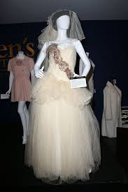 1985 wedding dresses the most popular wedding dresses the year you were born
