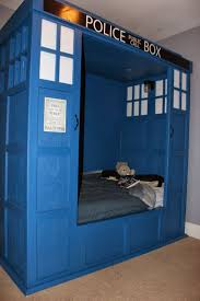 dr who bedroom building a tardis bed building a tardis bed good geek