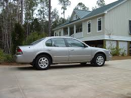 nissan maxima gle 2000 17 1999 nissan maxima this car was sporty and fully loaded i