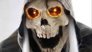 glowing eyes halloween prop lunging grim reaper animated halloween prop youtube