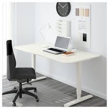 bureau assis debout bekant bureau assis debout blanc 160x80 cm ikea