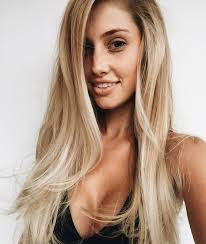 classic blond hair photos with low lights hair long blonde hair summer hairstyle hair inspiration