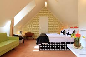 How To Decorate A Bedroom by Attic Bedroom Decorating Ideas