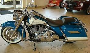 photo of 2001 harley davidson flhr roadking motorbike with teal