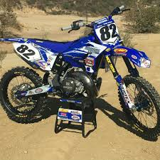 best 125 motocross bike two stroke build in a four stroke world cr125 bike build