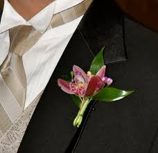 boutonniere flower best boutonniere flowers groom boutonnieres