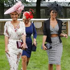 katching my i towie star lucy mecklenburgh pushes the dress code
