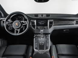 porsche macan 2 0 porsche macan turbo with performance package 2017 picture 4 of 8