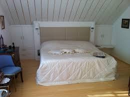 Schlafzimmer Kiefer Einrichten Snofab Com Schlafzimmer Einrichten Mit Dachschrugen