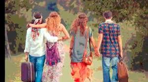 foto hippie figli dei fiori abbigliamento a tema promozionale