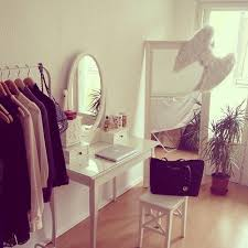 dressing room tumblr tumblr homedecor pinterest hanging clothes vanities and bedrooms