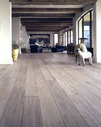 Quick Step Rustic Oak Laminate Flooring Lv Wood Floors Wood Flooring