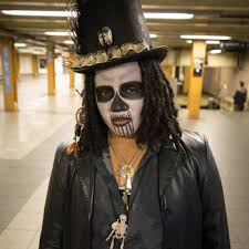photos the best halloween costumes on the subway round 1 gothamist