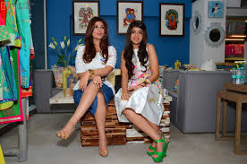 twinkle khanna celebs visit twinkle khanna u0027s u0027the white window