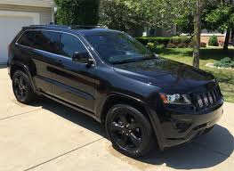 jeep cherokee black 2015 find of the day 2015 jeep grand cherokee black on black best suv site