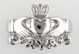 clatter ring claddagh ring band mardon jewelers
