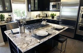 Modern Luxury Kitchen With Granite Countertop High Gloss Oak Cabinet For Modern Luxury Kitchen With White