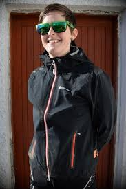 best mtb softshell jacket tested 4 great ladies u0027 mountain bike jackets