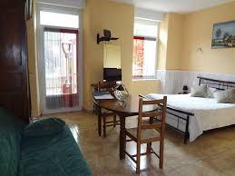 chambre d hotes millau aveyron chambres à la ferme chambres d hôtes à millau dans l aveyron 12