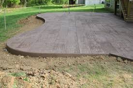 Concrete Patio Cost Per Square Foot by The Patio Day 2 The Lil House That Could