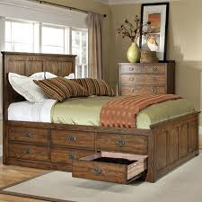 Diy Platform Queen Bed With Drawers by Oak Park King Bed With 12 Storage Drawers By Intercon Bedroom