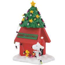 snoopy christmas dog house snoopy doghouse figure ebay