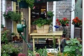 16 porch planter ideas for lettuce patio vegetable garden ideas