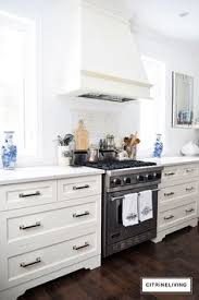 kitchen walls without upper cabinets love the cleanness of no