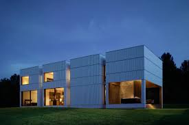 modern box house inciting symmetry weekend house comprising box shaped volumes