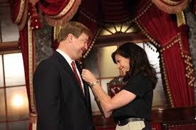 Senators Wife Sen Dean Heller U0027s Wife Lynne Affixes His Senator U0027s Pin To His