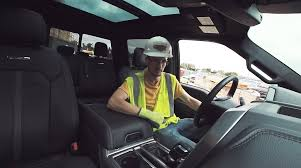 video ford treats construction workers to a back massage in the