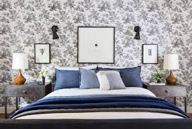 decorative pillows bed how to mix decorative pillows 20 guaranteed to look good