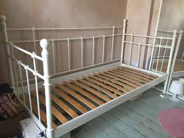 Ikea Metal Daybed Ikea Single White Metal Daybed In Berkshire