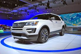 2016 ford explorer platinum might as well call it the eddie bauer