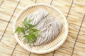 comment cuisiner le sarrasin sobas ou pâtes japonaises au sarrasin leurs bienfaits comment les