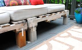 Diy Wood Pallet Outdoor Furniture by Diy Outdoor Pallet Sofa Jenna Burger