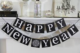 New Years Eve Table Decorations Ideas by Stylish Black And White Hanging Words For Table Decoration In New
