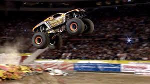 monster truck show oakland ca inside monster truck u201cmaximum destruction u201d on vimeo