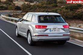 Audi Q7 Gold - 2017 audi q7 e tron review wheels