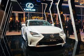 xe lexus viet nam lexus rc turbo xuất hiện nổi bật tại tuần lễ thời trang quốc tế
