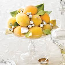 How To Set A Casual Table by New Year U0027s Eve Table Decorations Martha Stewart