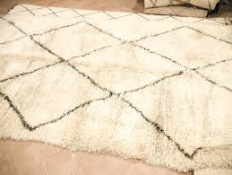 tips for buying a beni ourain rug in morocco the green eyed