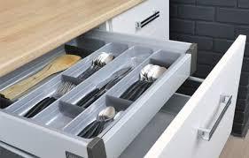 accessoire tiroir cuisine tout savoir sur le rangement dans la cuisine leroy merlin