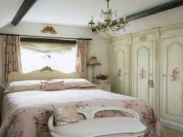 Girls Shabby Chic Bedroom Furniture Country Shabby Chic Bedroom Ideas Brown Headboard Glass Doors