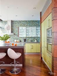 Retro Kitchen Design by Retro Kitchen Trends That Are Making A Comeback