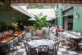 Patio Dining Restaurants by Gorgeous Indoor Outdoor Dining Space At Mardi Restaurant West