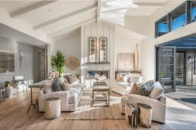 Farmhouse Interior Design 20 Farmhouse Style Living Rooms