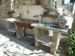 cuisines anciennes découvrez les belles cuisines d été en matériaux anciens d alain bidal