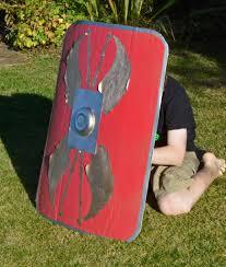 make a roman shield time traveller kids