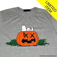 peanuts halloween shirt charlie brown peanuts comics halloween snoopy f hd wallpaper
